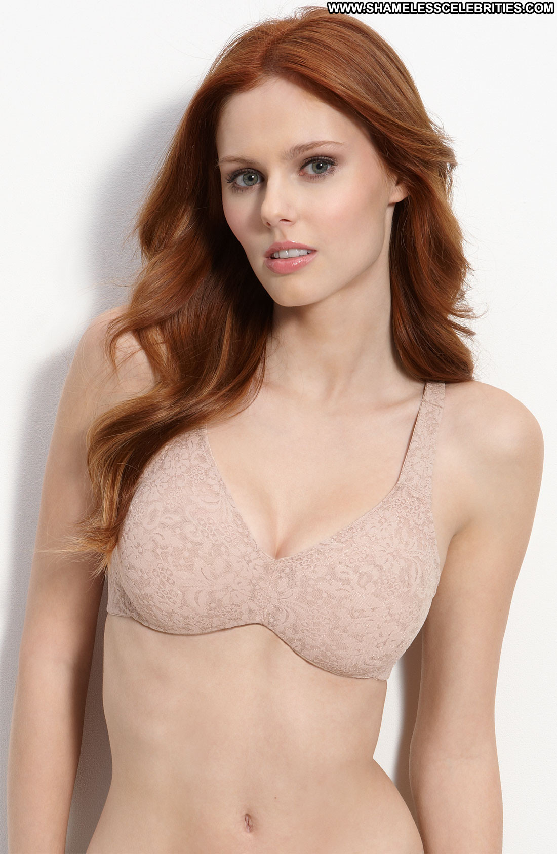 Alyssa Campanella Lingerie Celebrity Beautiful Babe Posing Hot