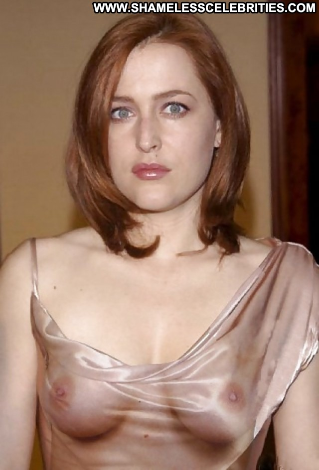 Gillian Anderson Pictures