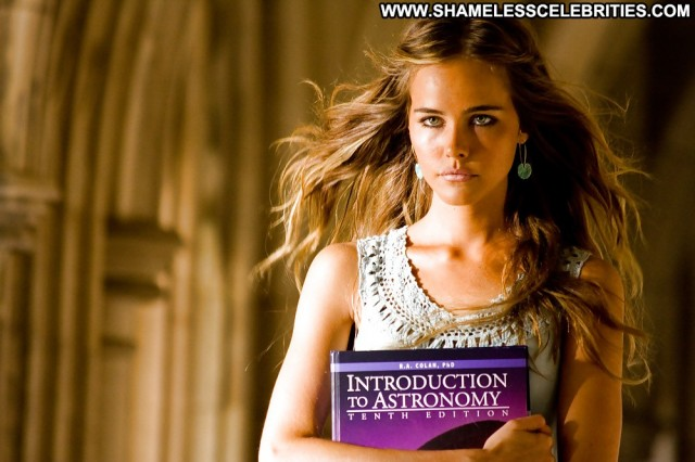 Isabel Lucas Pictures Babe Celebrity Female Posing Hot Nude Sexy Cute