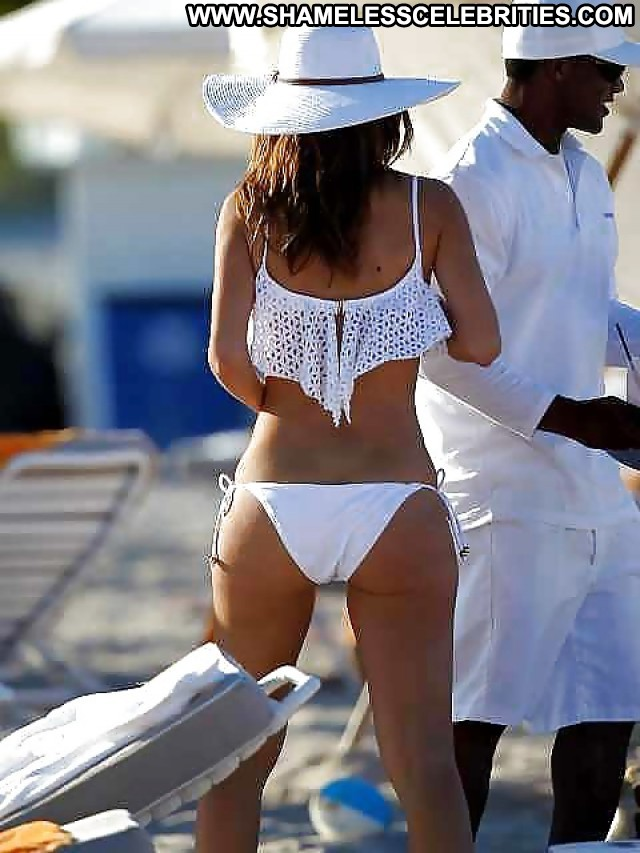 Maria Menounos Pictures Celebrity Sexy Pussy Ass Babe Beautiful
