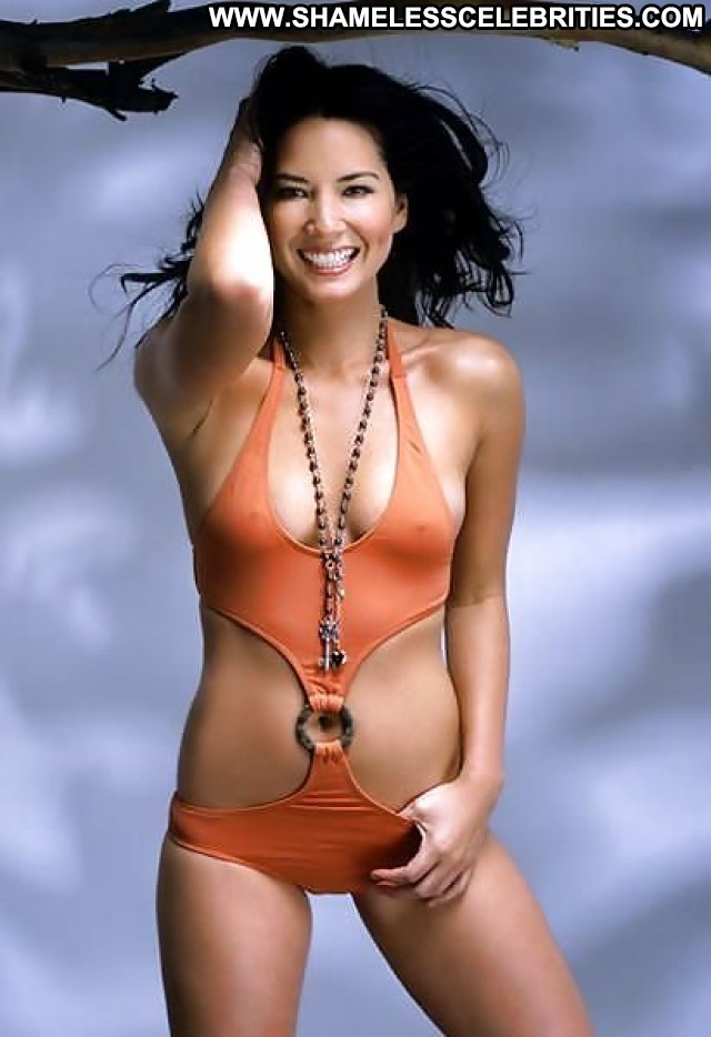 Olivia Munn Pictures Celebrity Asian Hot Beautiful Babe Nude Scene