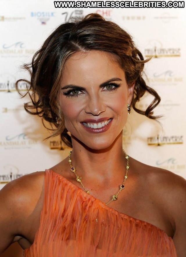 Natalie Morales Pictures Latina Milf Beautiful Sea Hot Doll Celebrity