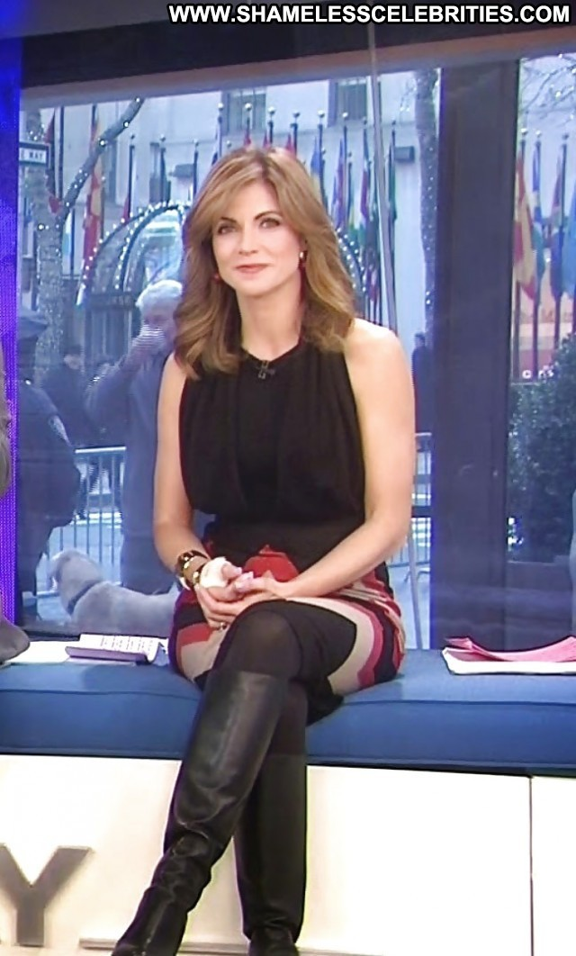 Natalie Morales Pictures Milf Beautiful Hot Celebrity Doll Latina Sea